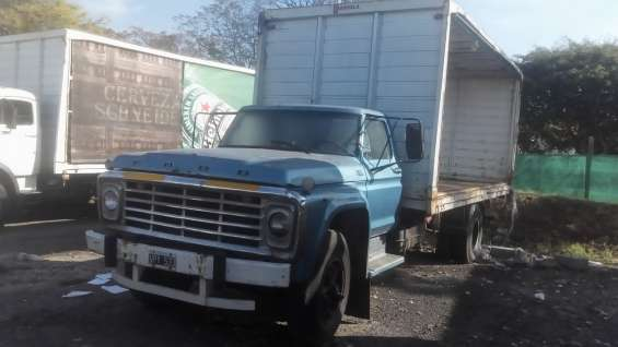 Camión dodge 500 1975