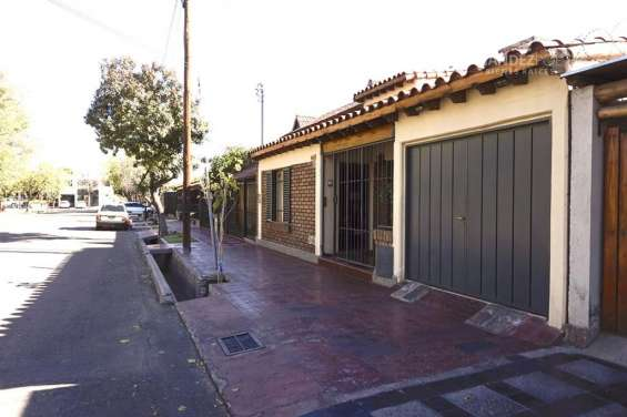 Fernandez poeppel vende casa 3d 2b dorrego guaymallen