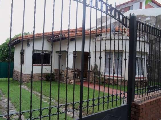 Casa en calle sarmiento ref 99