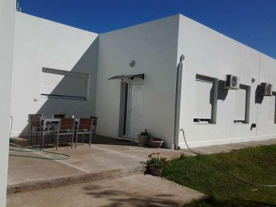 Bahia blanca vendo particular casa-b°paihuen