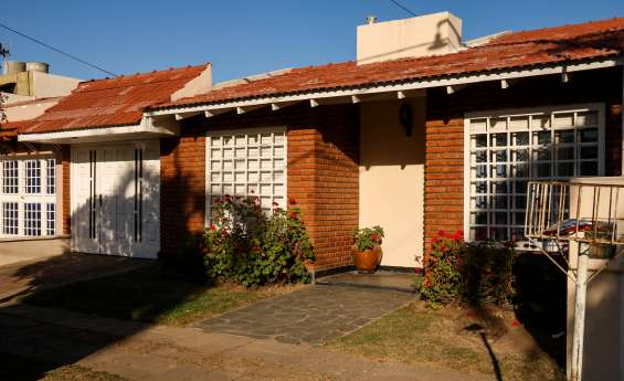 Excelente oportunidad!! hermosa casa en venta apta para crédito!