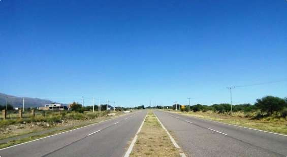 Vendo terreno ideal para vivir y comercios/servicios turísticos. san luis.