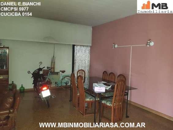 Fotos de Moreno venta casa 4 amb.c/patio, pileta en esteban de luca al 2300. apto credito 2