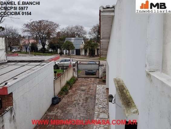 Fotos de Moreno venta casa 4 amb.c/patio, pileta en esteban de luca al 2300. apto credito 16