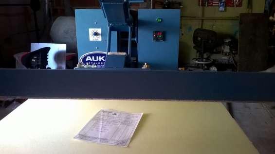 Maquina estampadora manual