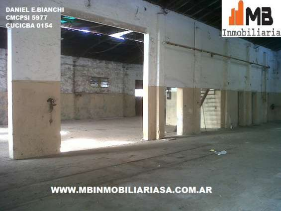 Ciudad de tandil, alquiler galpón de 200 m2 opcion venta