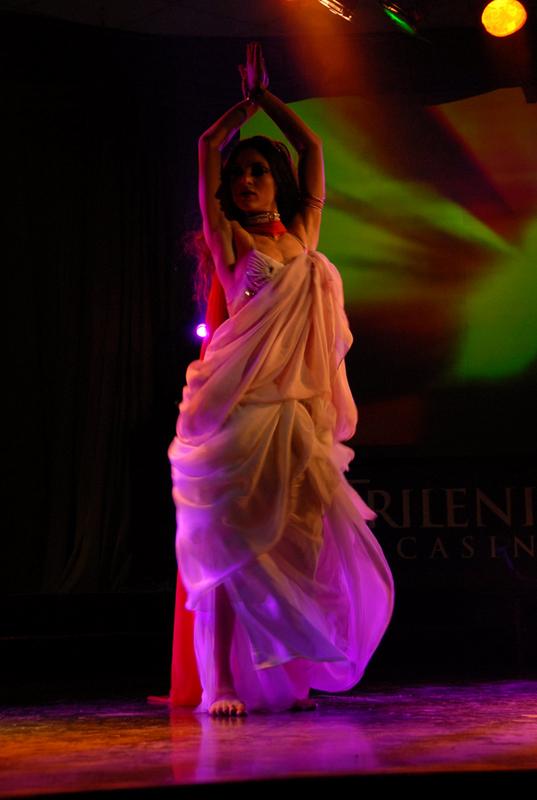 Clases individuales de danzas arabes