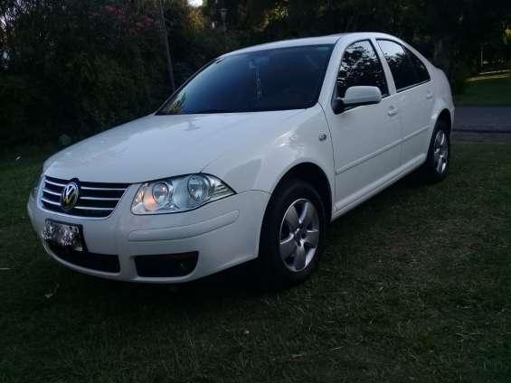 Volkswagen bora 2.0 2012 nafta unico!!!