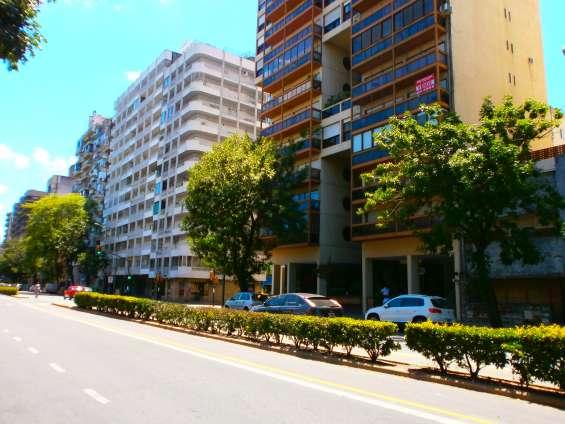 Dptos:centro dueño financio sin gastos ,con balcon