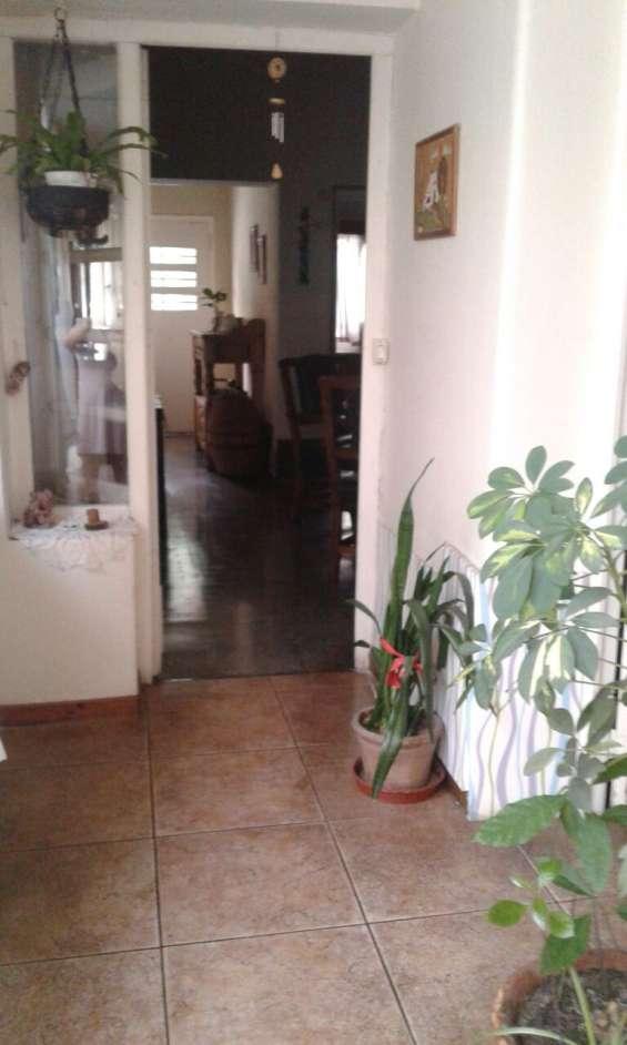 Fotos de Alquiler casa corte antiguo  ideal varios rubros varios ambientes 1