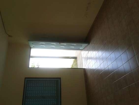 Fotos de Alquilo casa 2 dorm. barrio jose hernandez 3