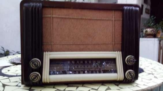 Fotos de 2 radios a válvulas funcionando $4500 7