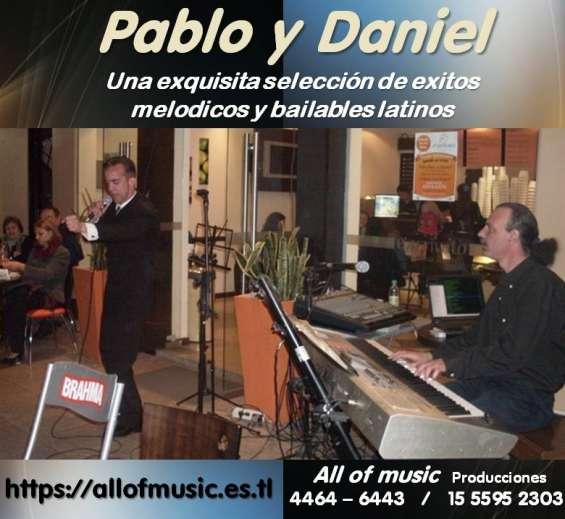 Show melodico latino cantante
