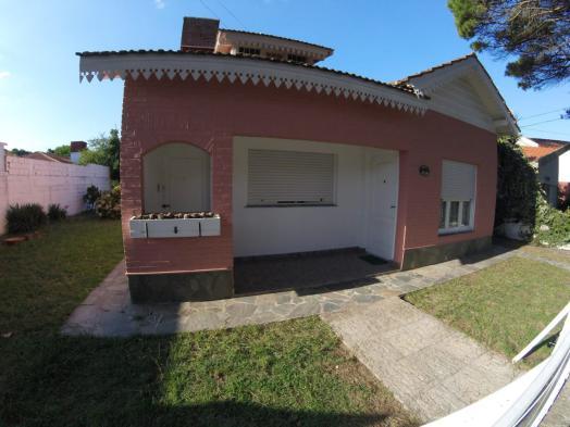 Casa + deptos (1236)