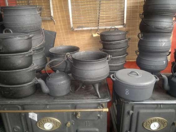 Cacerolas y ollas de fundicion de hierro