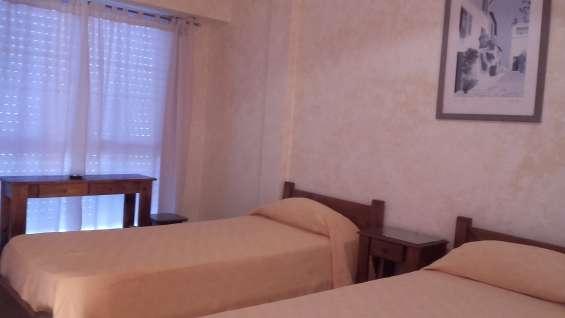 Hotel el patio . habitaciones individuales o dobles