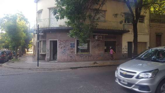 Local calle 57y15 170mts.