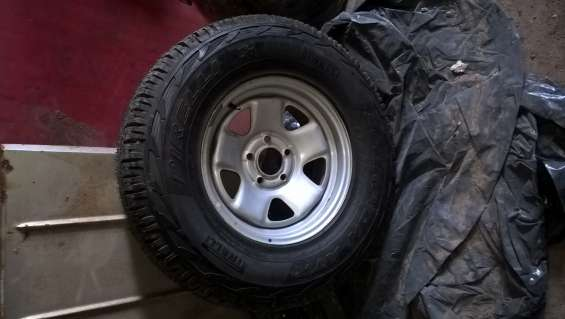 Vendo rueda de ranger sin rodar