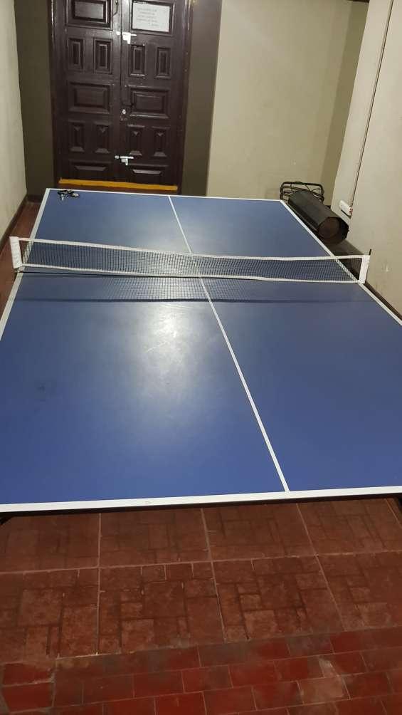 Vendo excelente mesa de ping pong
