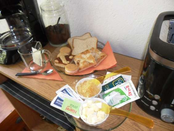 Desayuno seco (dry breakfast)