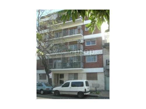 Dueño vende - departamento de 3 ambientes-retasado