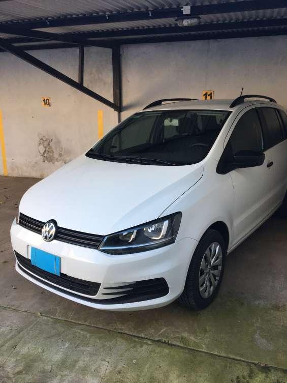 Volkswagen suran 1.6 msi confortline 2015 - 101 cv titular