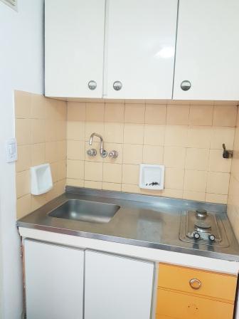 Fotos de Departamento dos ambientes amueblado para alquiler convencional o temporario 5