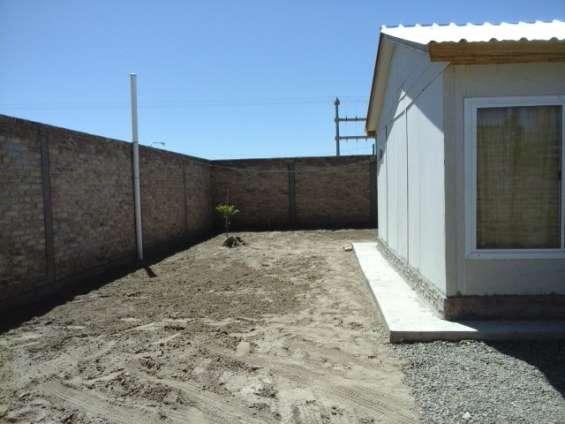 Fotos de Alquilo/vendo casa b° huasi iii challao las heras 9