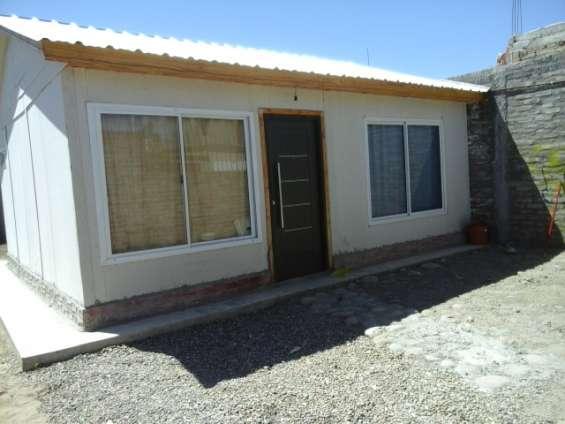 Fotos de Alquilo/vendo casa b° huasi iii challao las heras 2