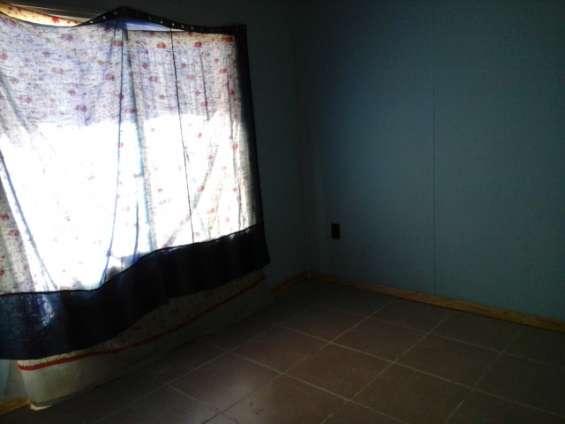 Fotos de Alquilo/vendo casa b° huasi iii challao las heras 7