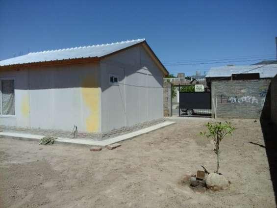 Fotos de Alquilo/vendo casa b° huasi iii challao las heras 8
