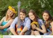 Clases canto ukele y guitarra versalles