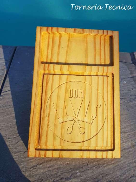 Tablas en madera de pino