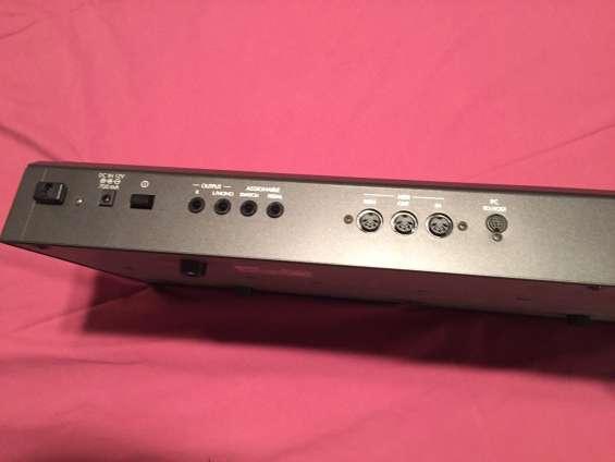Fotos de Vendo teclado sintetizador korg x5d 2
