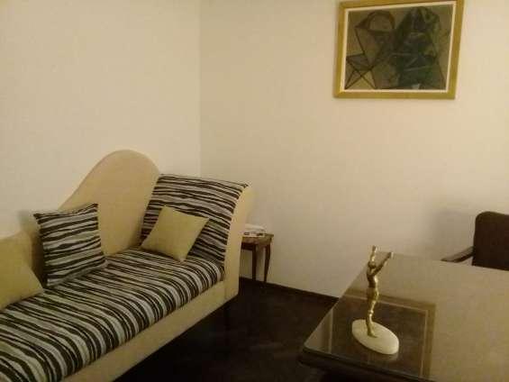 Consultorio c (con diván).