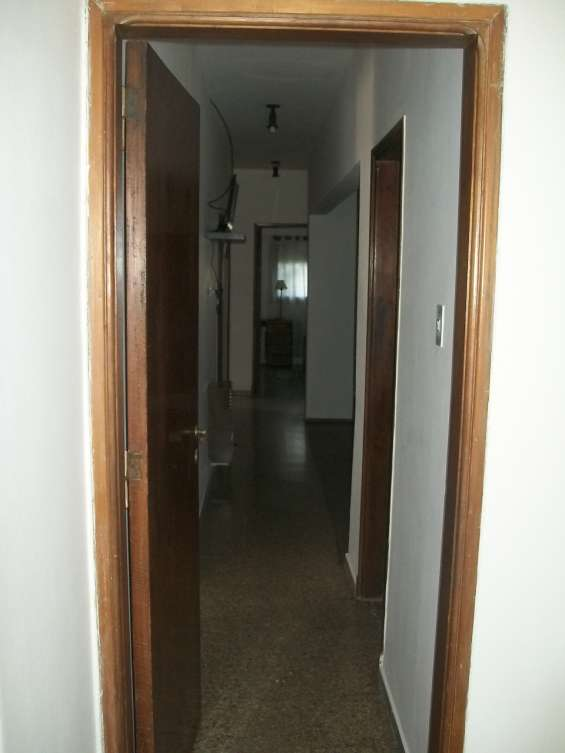 Fotos de Venta casa en bº maipu malaga 1826 4 dor 3 baños cocherax4 5