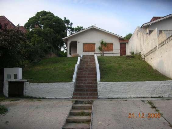 Vendo duplex exelente ubicacion z/centro 3dorm 5/playa