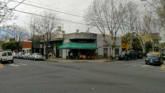 Dueños venden lote 210 m2 esquina nuñez y medeyros (v. urquiza)