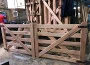 Tranqueras en madera saligna 150x120 de alto