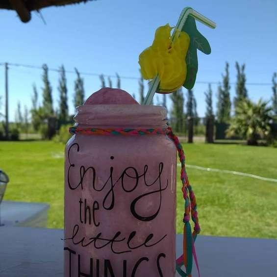Fotos de Barra tropical alquiler, barra movil para fiestas. marcelino catering en rosario.