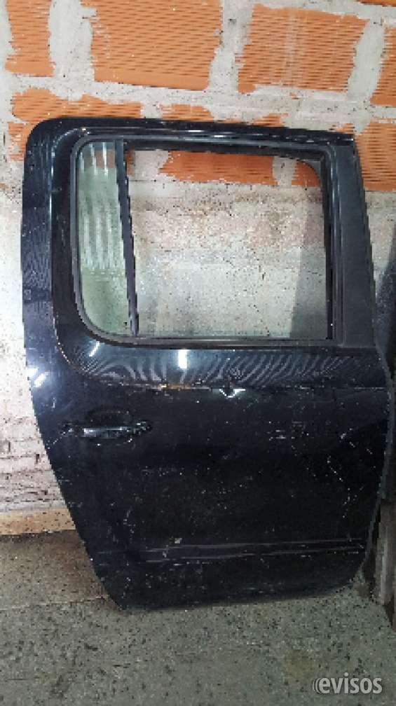 Puerta trasera derecha volkswagen amarok
