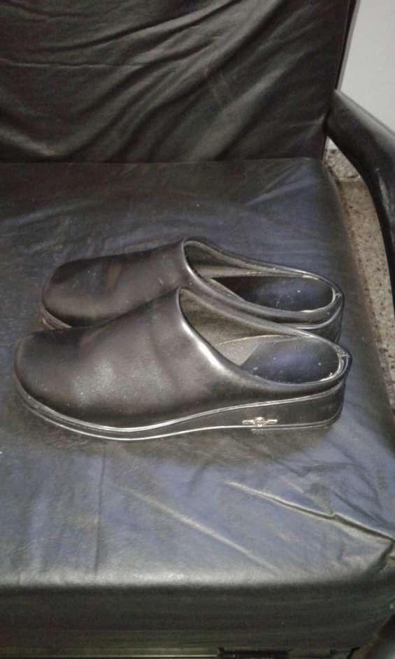 Lote de calzados de dama
