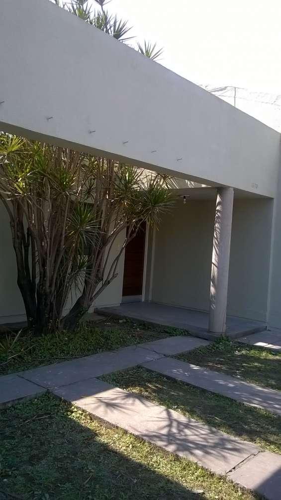 Vendo casa de 2 dormitorios en barrio copiaat ii