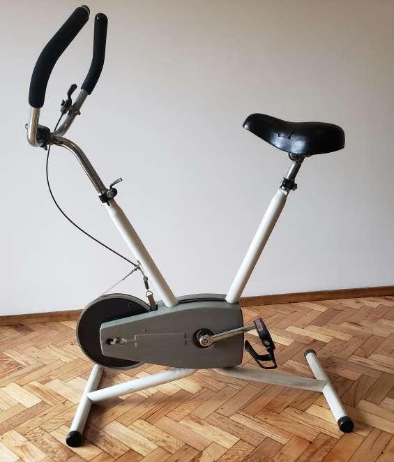 "Vendo "" bicicletas fijas"