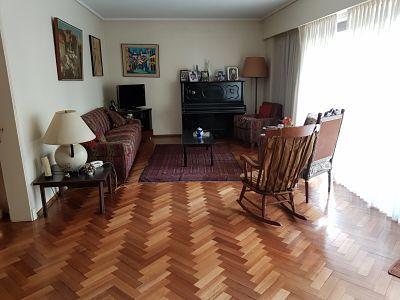Jose hernandez 1800, alquiler , 4 amb con 2 dependencias , cochera fija terrazas y baulera