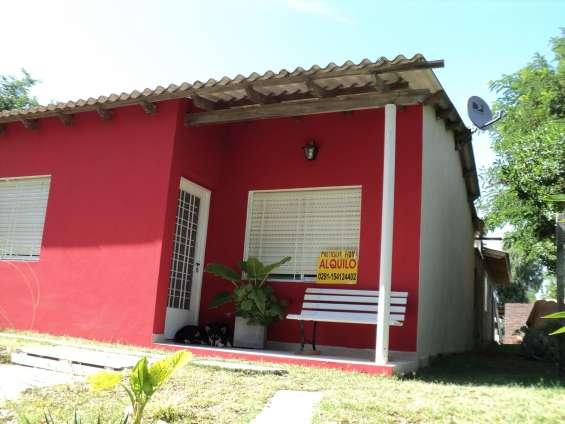 Casa roja -2 dormitorios-4 c del mar-6 per-pat-fog-coch tech