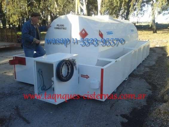 Tanque de acero al carbono apto combustible con batea anti derrame
