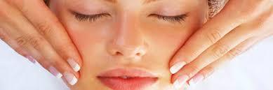 Peeling facial y baño de crema loreal en el salon carolina´s