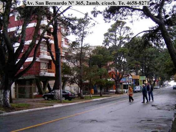 San bernardo, céntrico, 2 ambientes, 4 plazas, cochera, 3 del mar