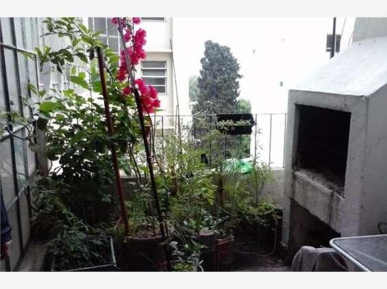 Terraza y parrilla, balcón interno